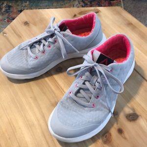 Grey Reebok Tennis Shoes Size 7.5